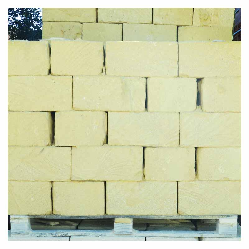 Materiale edile blocchi tufo