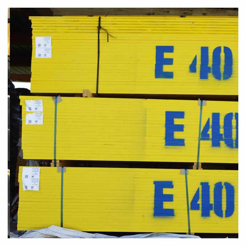 Materiale edile pannelli legno gialli